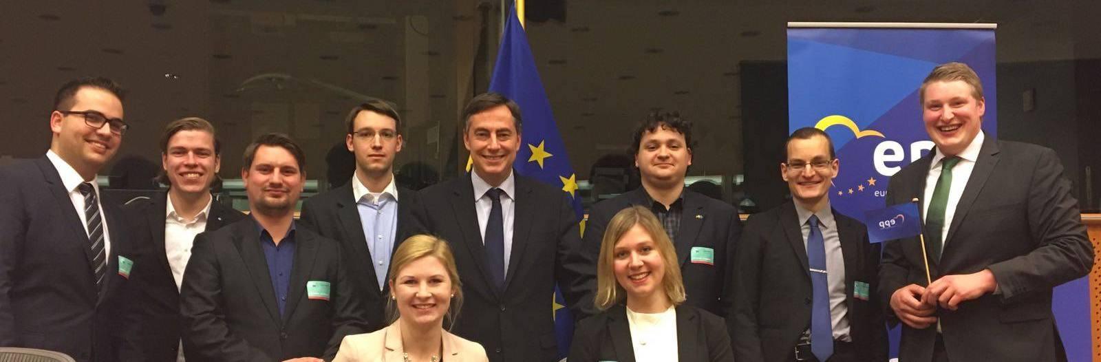 RCDS Niedersachsen besucht David McAllister in Brüssel