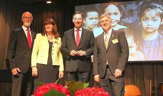Nordwestzeitung: Rotary reicht Kindern die Hand