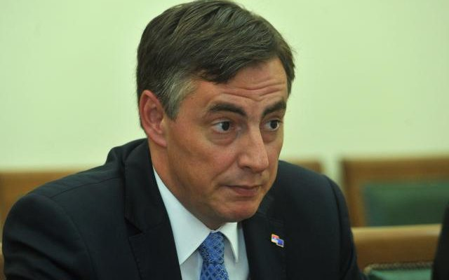 """B92: """"Serbia's EU accession depends on relations with Kosovo"""""""