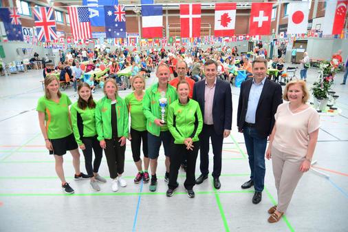 NWZ: Stadtfest in Eversten mit EU-Politiker McAllister