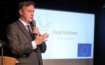 Anzeiger: Bekenntnis zu Europa – McAllister diskutiert mit Schülerschaft